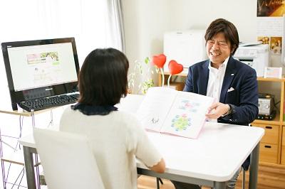 福岡天神の結婚相談所ジュブレの面談風景